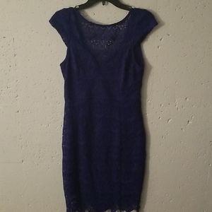 Blue bodycon lace dress
